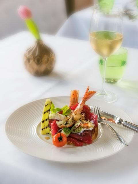 Esca Restaurant In Uit Magazine